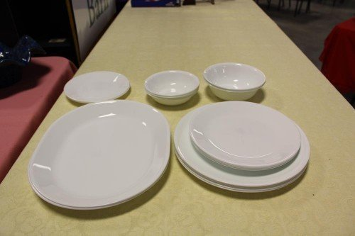 Corelle Ceramic Dishes : Bowls, Plates and Dinnerware Platters at Value Auction Barn in Columbia Millersburg Exit