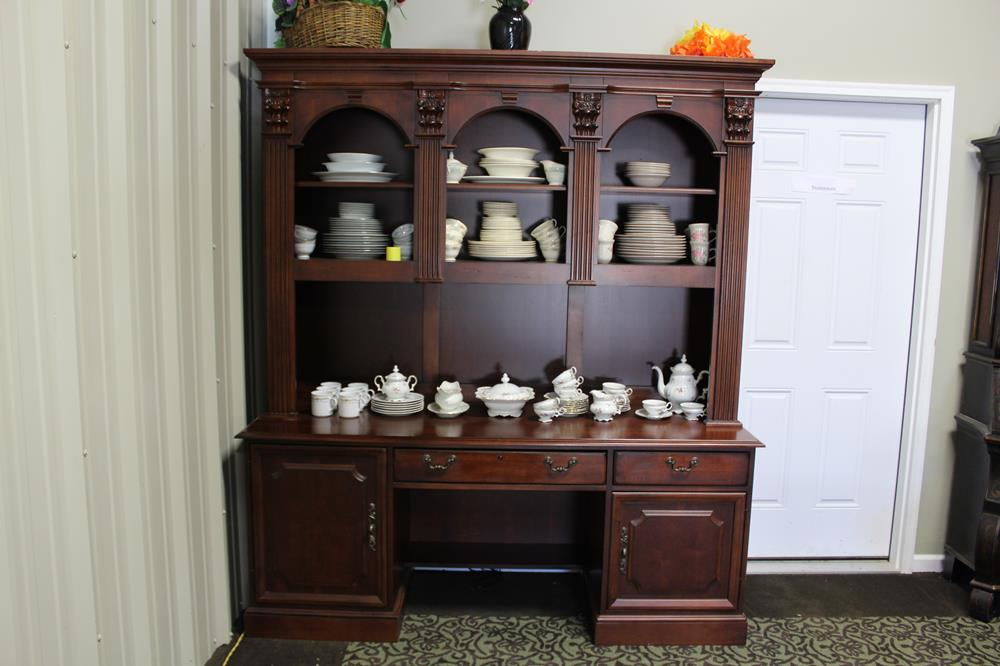 Gorgeous Hooker Furniture Wooden Computer Desk With Credenza Hutch