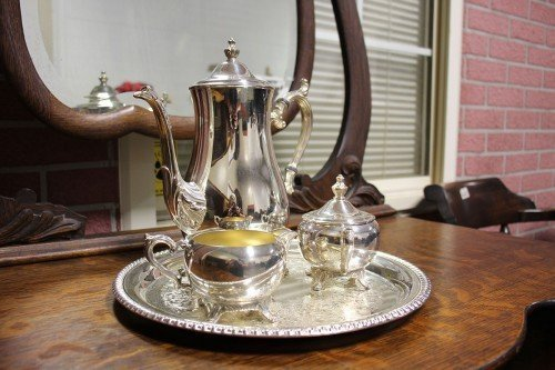 William W.M. Rogers and Son Silver Plated High Quality Antique Decorative Coffee Set with Silver Plate Missouri Value Auction Barn Columbia Consignment and Thrift Shop